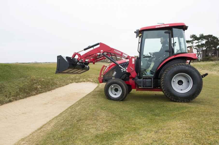 Traktor TYM T433 a T503