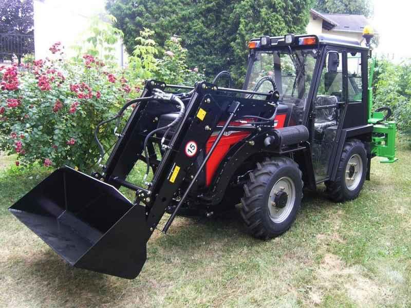 Traktor W5064 Yukon 45 HP