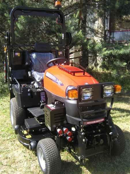 Traktor W3674 BULLDOG