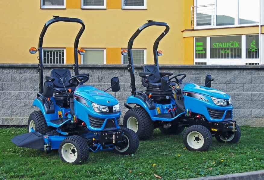 Traktor LS MT1