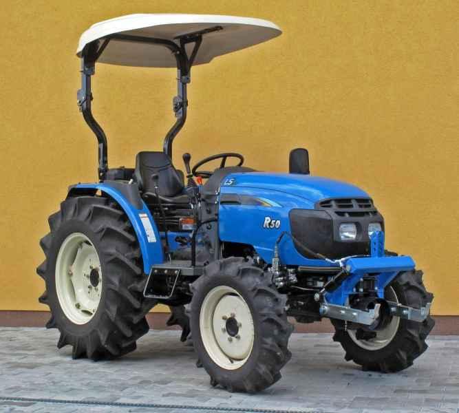 Traktor LS R