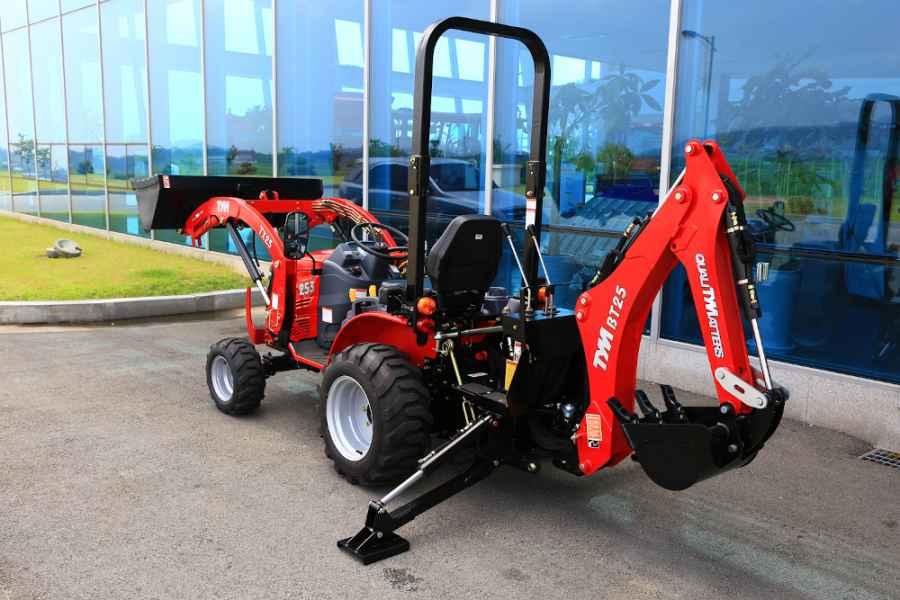 Traktor TYM TS25